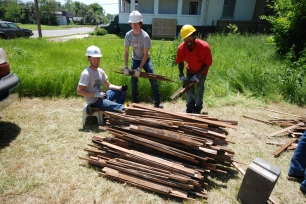 youthbuild - summer build - su13 (5)